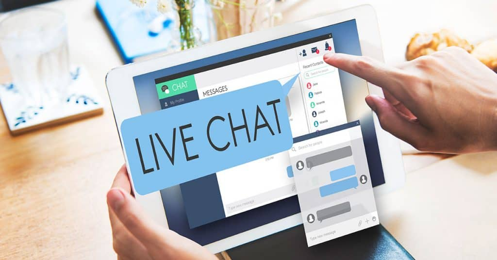 Using live chat to build customer engagement